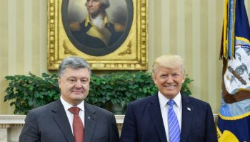 Petro Poroshenko and Donald Trump in the Oval Office, June 2017
