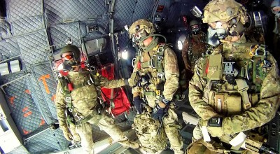 SOF Pic of the Day: Italian Army Special Forces HAHO/HALO Jump
