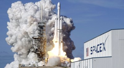 Watch: Amazing SpaceX Camera Shots…How is it done?