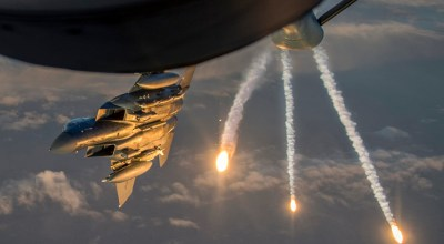 Picture of the Day: F-15 Eagle Flares over Iraq