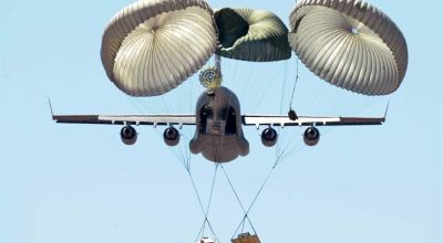 Picture of the Day: Airdrop Training from a C-17 Globemaster III