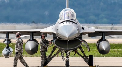 Picture of the Day: Engine Shut Down F-16 Falcon