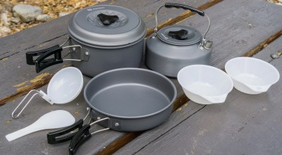 Winterial 11-Piece Camping Cookware Set: Cooking comfortably outdoors