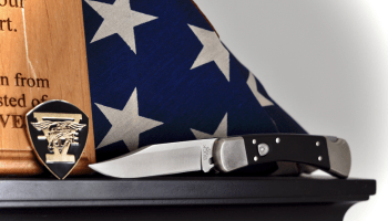 Buck Knives breath life into an old classic: The new 110 Auto Elite