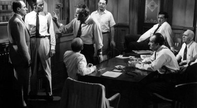 '12 Angry Men' and critical reflections