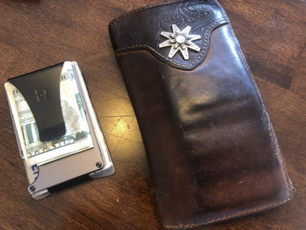 Ridge Wallet | A modern mans minimalist wallet