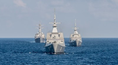 SOUTH CHINA SEA (July 21, 2015) The Republic of Singapore Navy's RSS Intrepid (69), right, RSS Supreme (73), and the Arleigh Burke-class guided-missile destroyer USS Lassen (DDG 82), left, trail the littoral combat ship USS Fort Worth (LCS 3) during the underway phase of Cooperation Afloat Readiness and Training (CARAT) Singapore 2015. CARAT is an annual, bilateral exercise series with the U.S. Navy, U.S. Marine Corps and the armed forces of nine partner nations. | Department of Defense