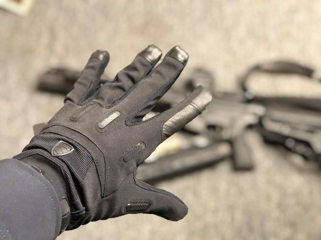 No-Nonsense Tactical Gloves from Blauer