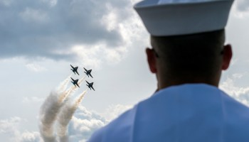 The Pic of the Day: Watching the Navy's Blue Angels