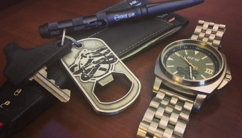 Photo of the day: Traveling for the holidays? TSA approved EDC gear