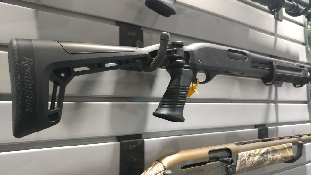 Remington Introduces a folding stock 870