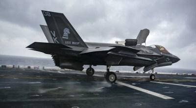 U.S. Navy photo by Mass Communication Spc. 3rd Class Benjamin F. Davella III