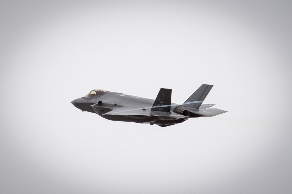 Report: new Japanese F-35s made seven emergency landings leading up to crash in the Pacific
