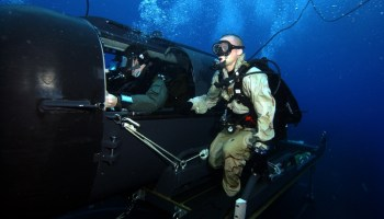 SEAL teams to get new clandestine underwater craft