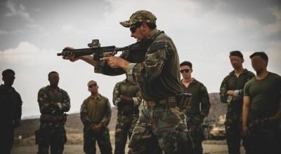 U.S. Marine Raider instructor of the 1st Marine Raider Support Battalion teaching advanced weapons training. (DVIDS photo)