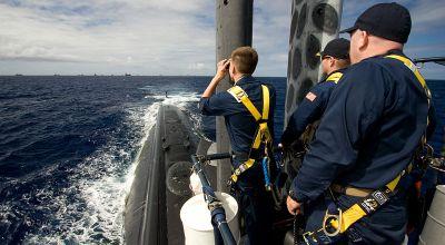 (U.S. Navy photo by Electrician's Mate 2nd Class Brian J. Hudson)