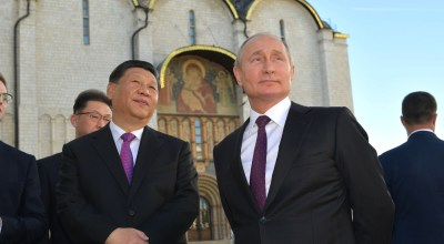 General Secretary of the Communist Party of China, Xi Jingping (left) and Russian President Vladimir Putin (right). (WikiMedia Commons)