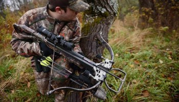 From the Greeks to Vietnam: The military use of crossbows