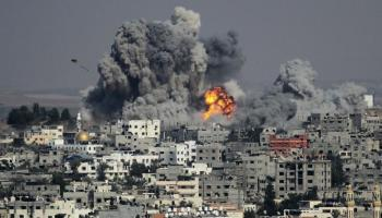Israeli airstrikes blast Iranian & Hezbollah positions in Syria