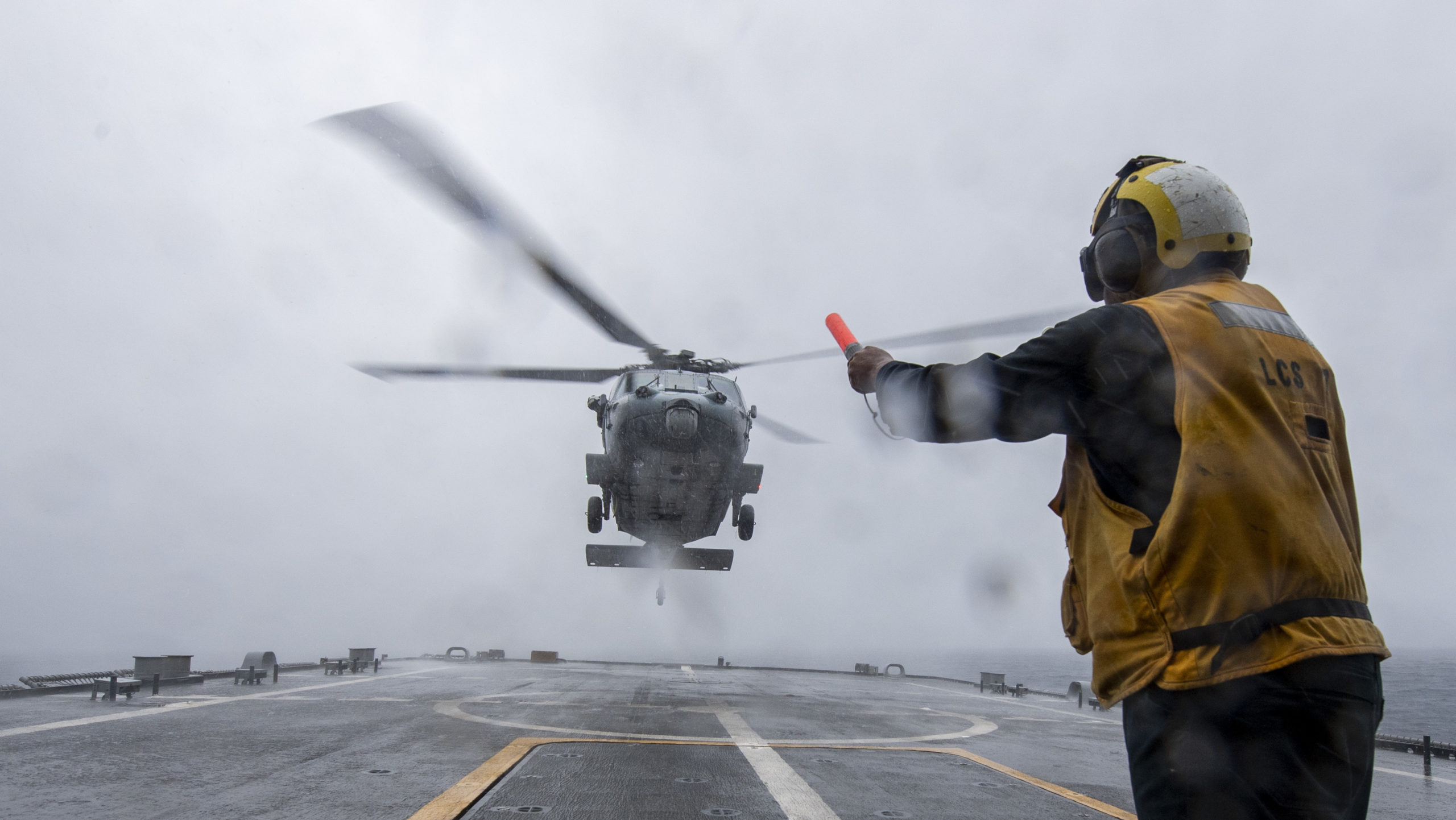 The Pic of the Day: Seahawk Landing | SOFREP