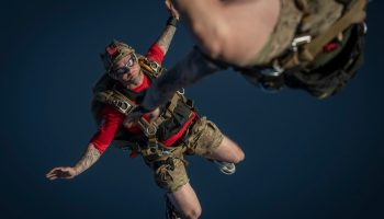 Why Navy SEAL Doesn't Skydive: Watch and Save your Life