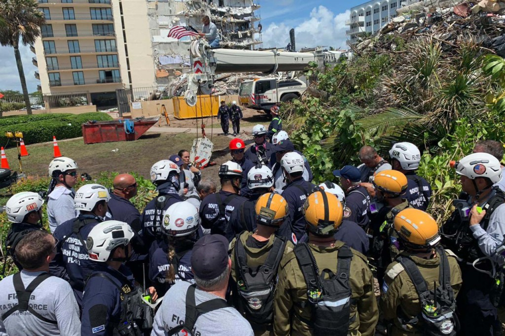 Israel and Mexico Come to the Aid of the US Following Champlain Towers' Collapse in Miami