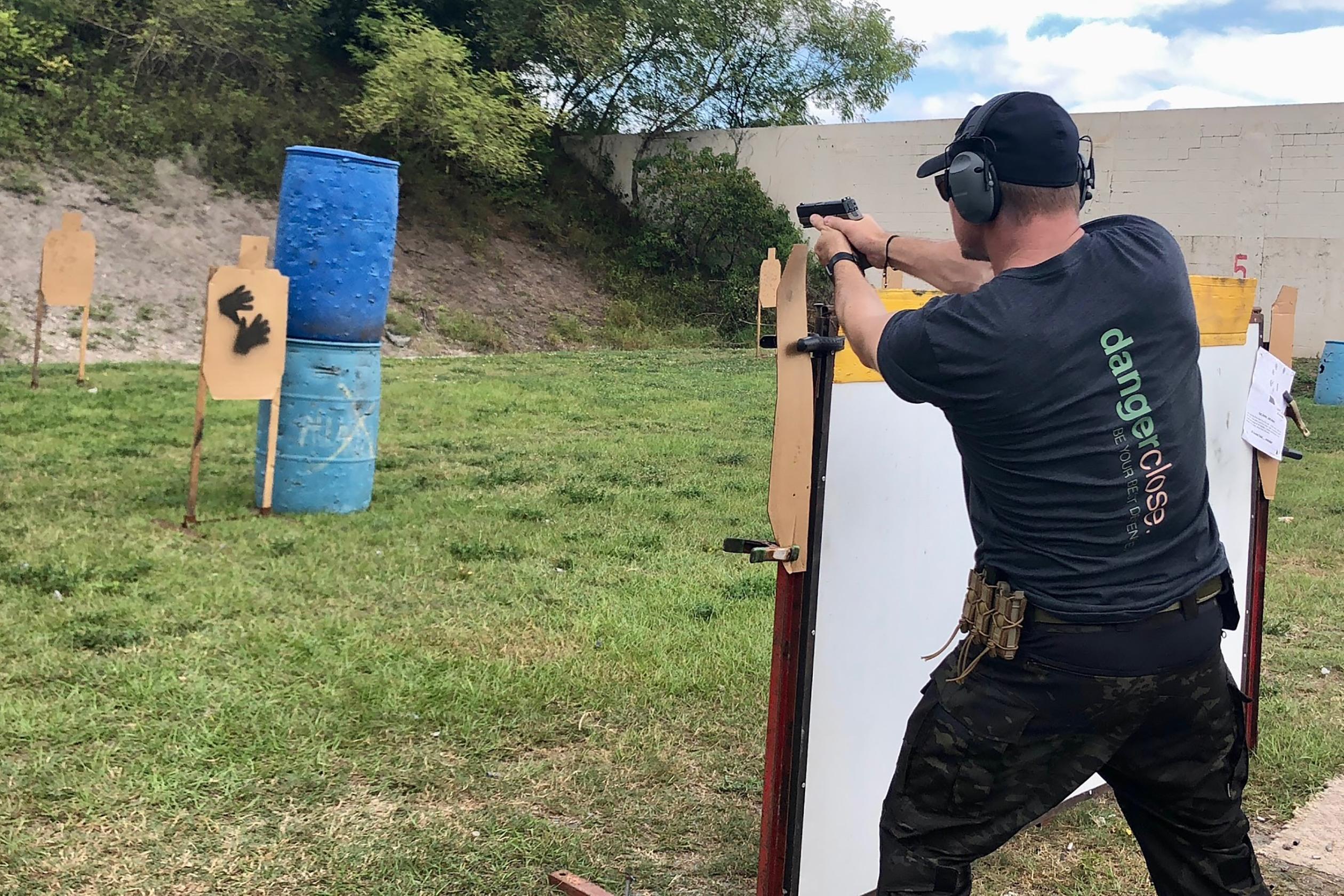 Glock 19 Versus Sig P320: Which Gun Wins This Epic Battle?