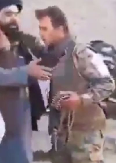Afghan troops surrender to the Taliban