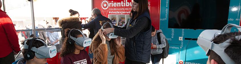 Découvrez les métiers à travers la vidéo dans l'Orientibus