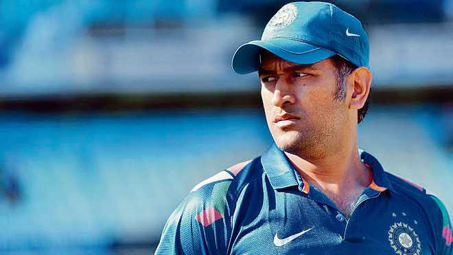 Dhoni dropped from central contracts list; BCCI says no relation ...