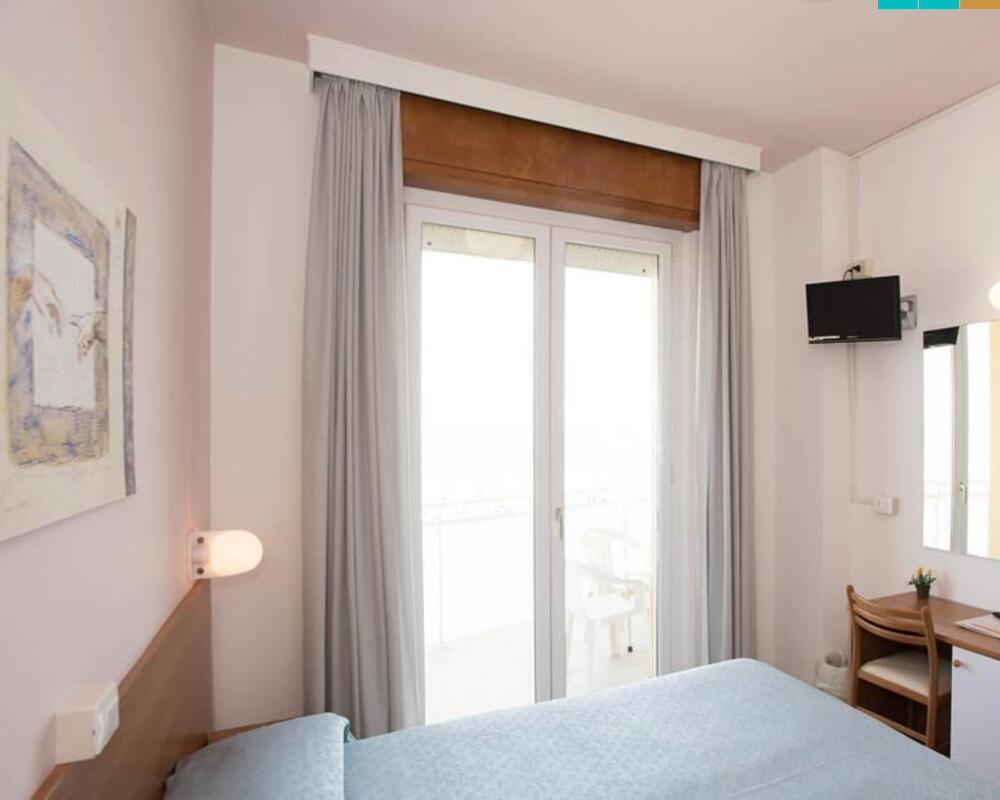 Hotel Senigallia 3 stelle albergo direttamente sul