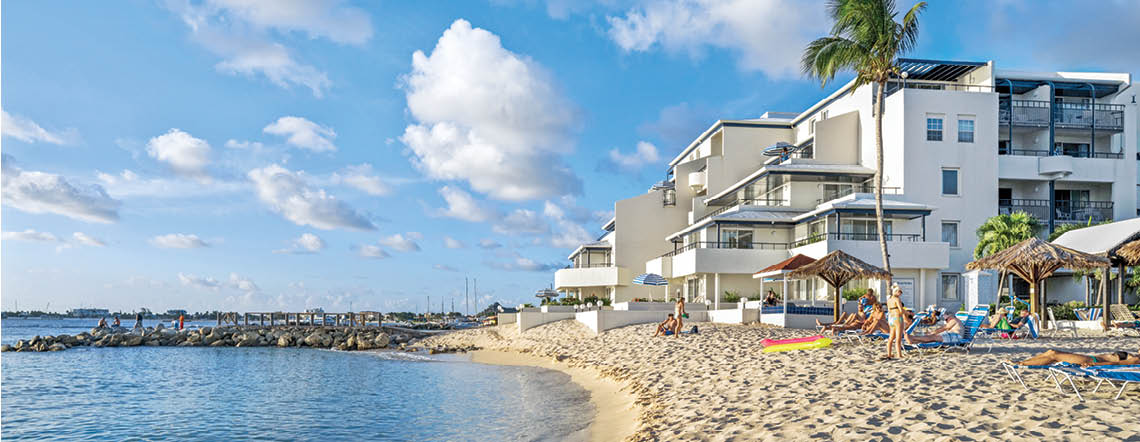 flamingo beach resort sint
