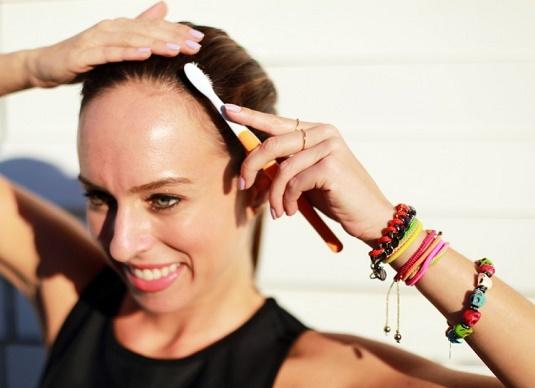 cliomakeup-beauty-tricks-spazzolino-2