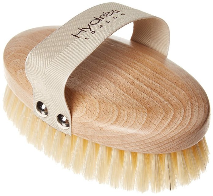 ClioMakeUp-skincare-routine-corpo-pelle-spazzola