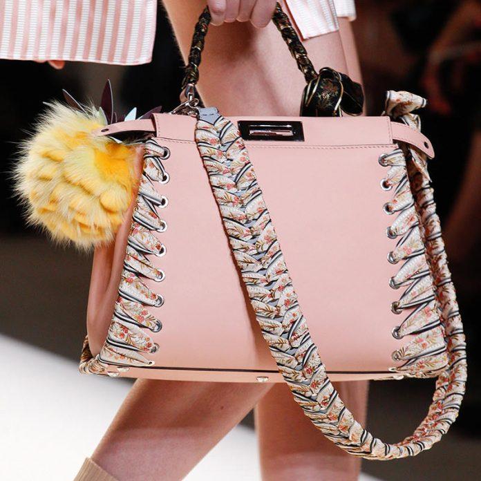 ClioMakeUp-millennial-pink-rosa-primavera-2017-abbinamenti-outfit-sfilate-look-accessori-18