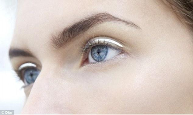 Cliomakeup-eyeliner-cromato-13
