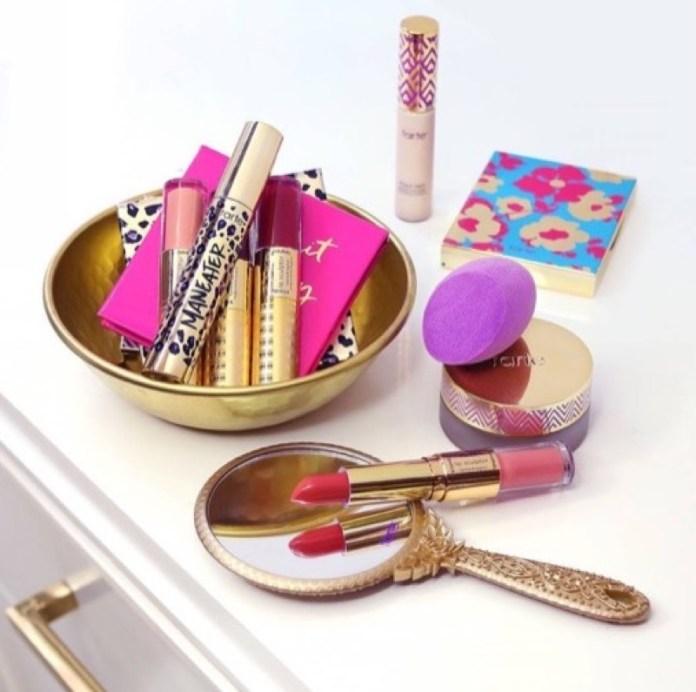 ClioMakeUp-curiosita-prodotti-make-up-famosi-storia-maybelline-mascara-tarte-benefit-clinique-revlon-stila-anastasia-8