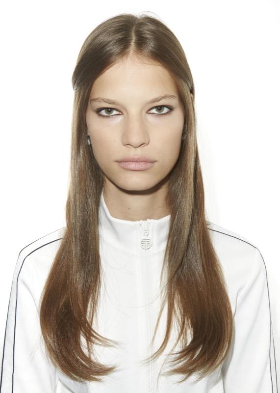 cliomakeup-acconciature-capelli-lisci-25-semiraccolto