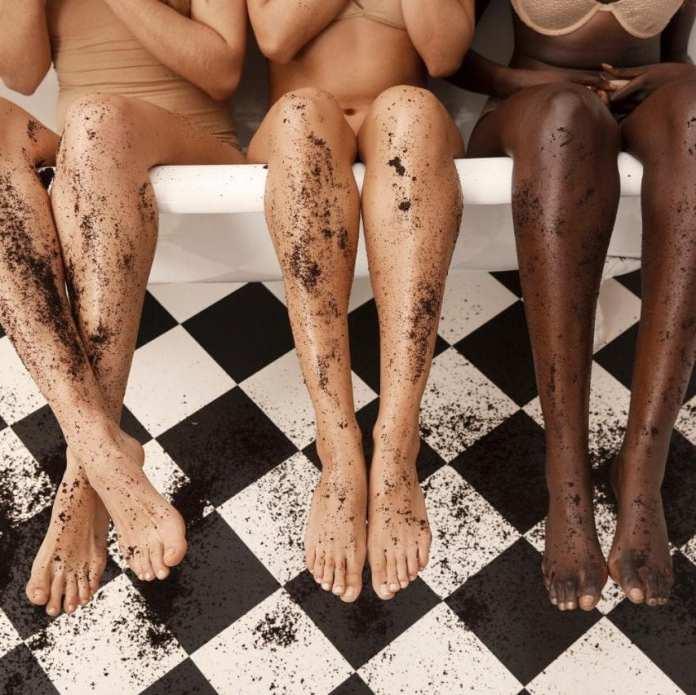 ClioMakeUp-ogni-quanto-fare-scrub-viso-corpo-periodo-tipologie-prodotti-7