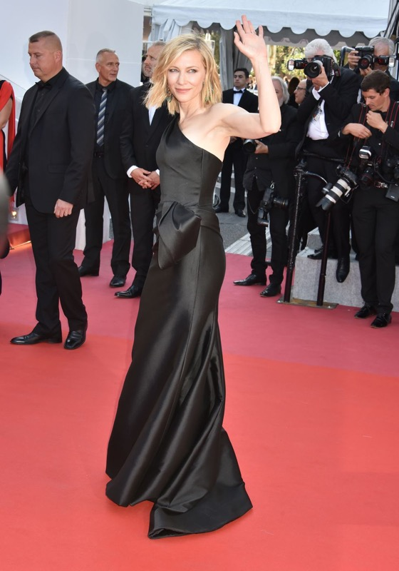 cliomakeup-festival-cannes-look-6-cate-blanchett-givenchy