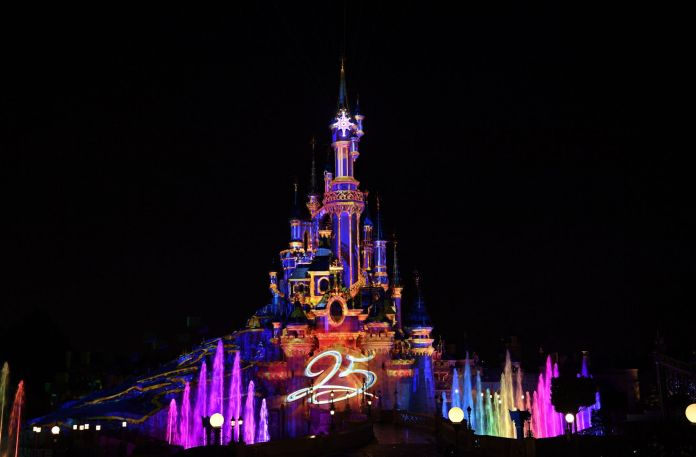 cliomakeup-disneyland-paris-1-castello-notte