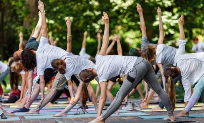 cliomakeup-remise-en-forme-15-yoga-nel-parco