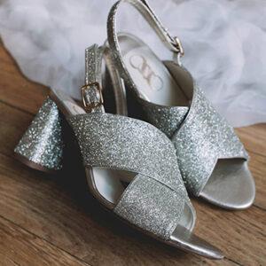 Chaussures argentées ouvertes femme Chamberlan Paris, fabriquées en France à Nontron en Île-de-France