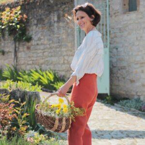 C. Bergamia pantalon rouge su-mesure, fabriqué en France
