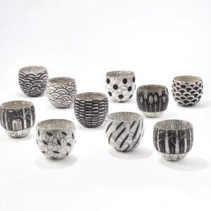 Bols tasses noir et blanc en raku céramique Camille Campignion, fabriquées en France à Arras