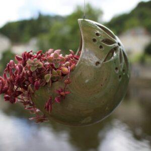 Suspension florale Poterie Anna & Ingo Görden, fabriqué dans le Cher