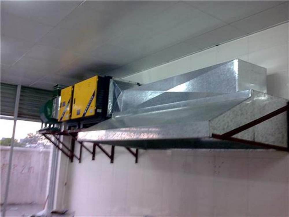kitchen vent hood remodel a 厨房白铁通风烟罩风管工程buy in gaozhou 厨房白铁通风烟罩风管工程
