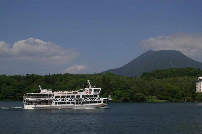 阿寒湖游览船