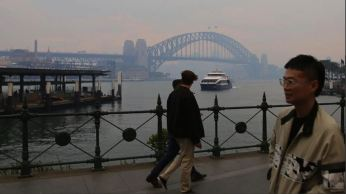 Circular Quay shrouded in smoke from fires across NSW. Picture: AAP