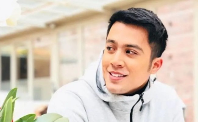 Local Singer Aliff Aziz Charged With Theft At Hotel